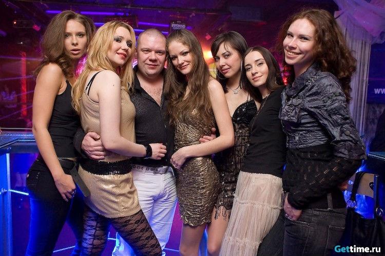 pyanie-russkie-devchonki-smotret-porno