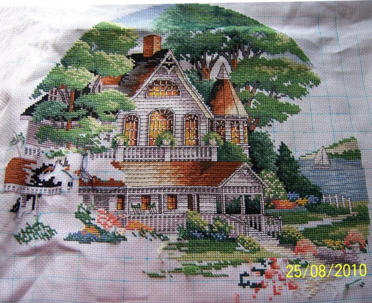 Вышивка дома от dimensions 535