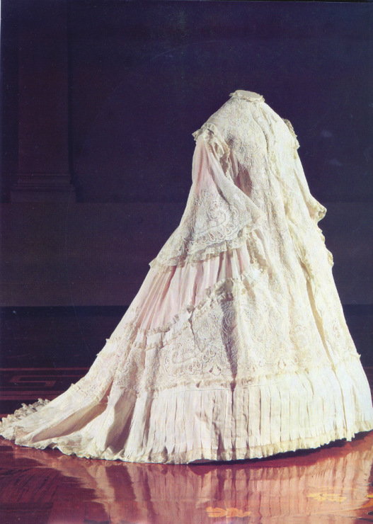 Платья 19 века россия свадебные