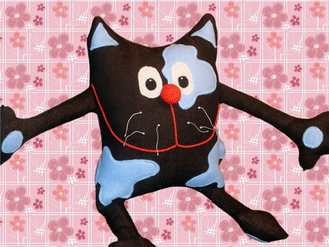 Сделать кошку своими руками из ткани 23