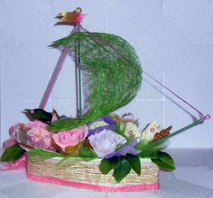 Кораблик для цветов