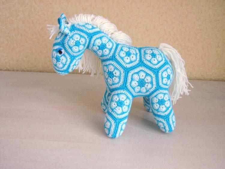 Мастер класс лошадка африканский цветок
