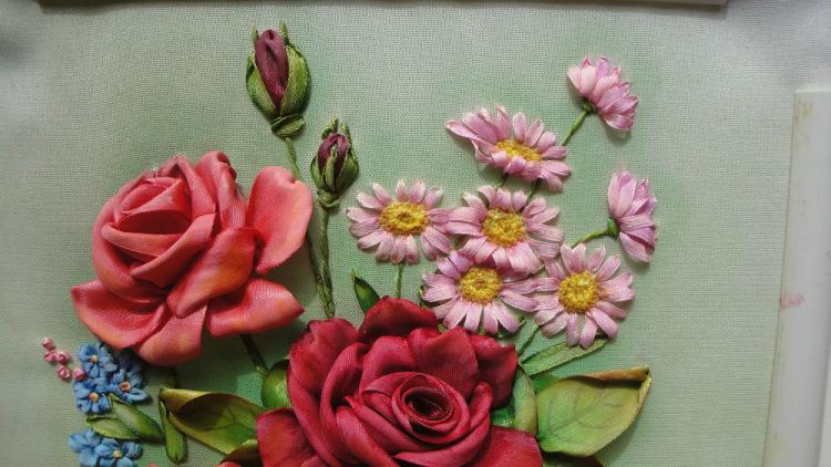 Роза бутонная вышивка лентами мастер класс