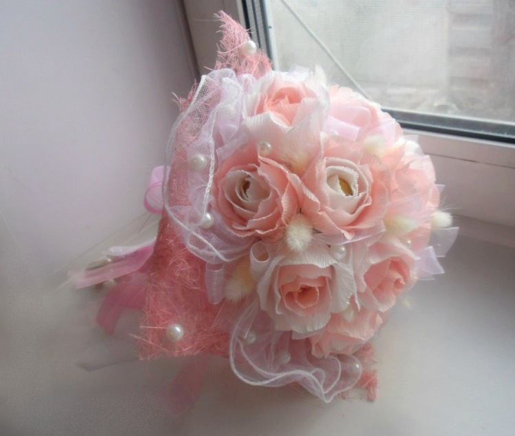 Свадебные букеты своими руками из гофрированной бумаги