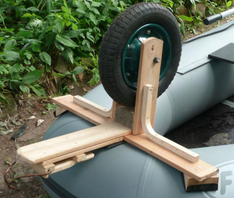 колеса для лодок пвх передние